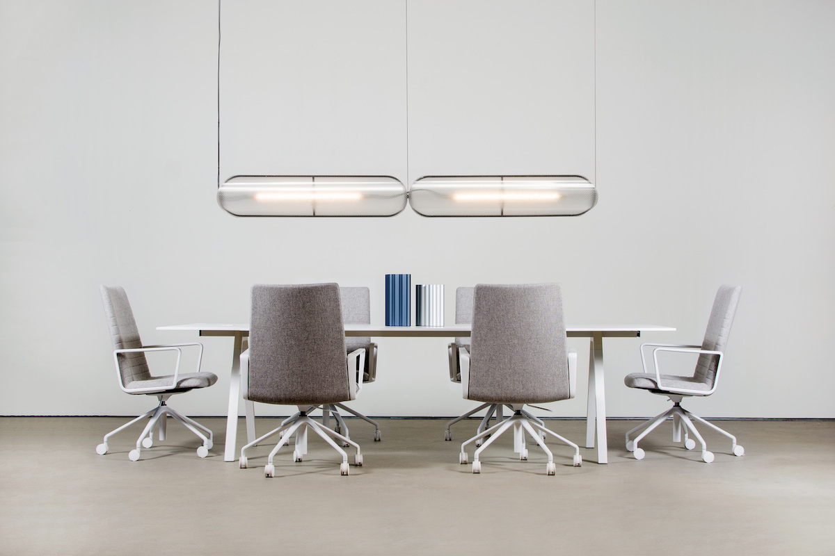 Vale pendant by ANDLight