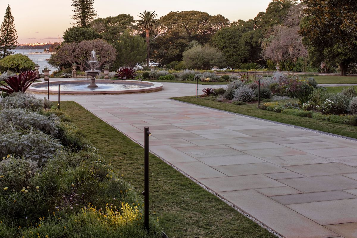 Government House feat. Vibia Bamboo bollards