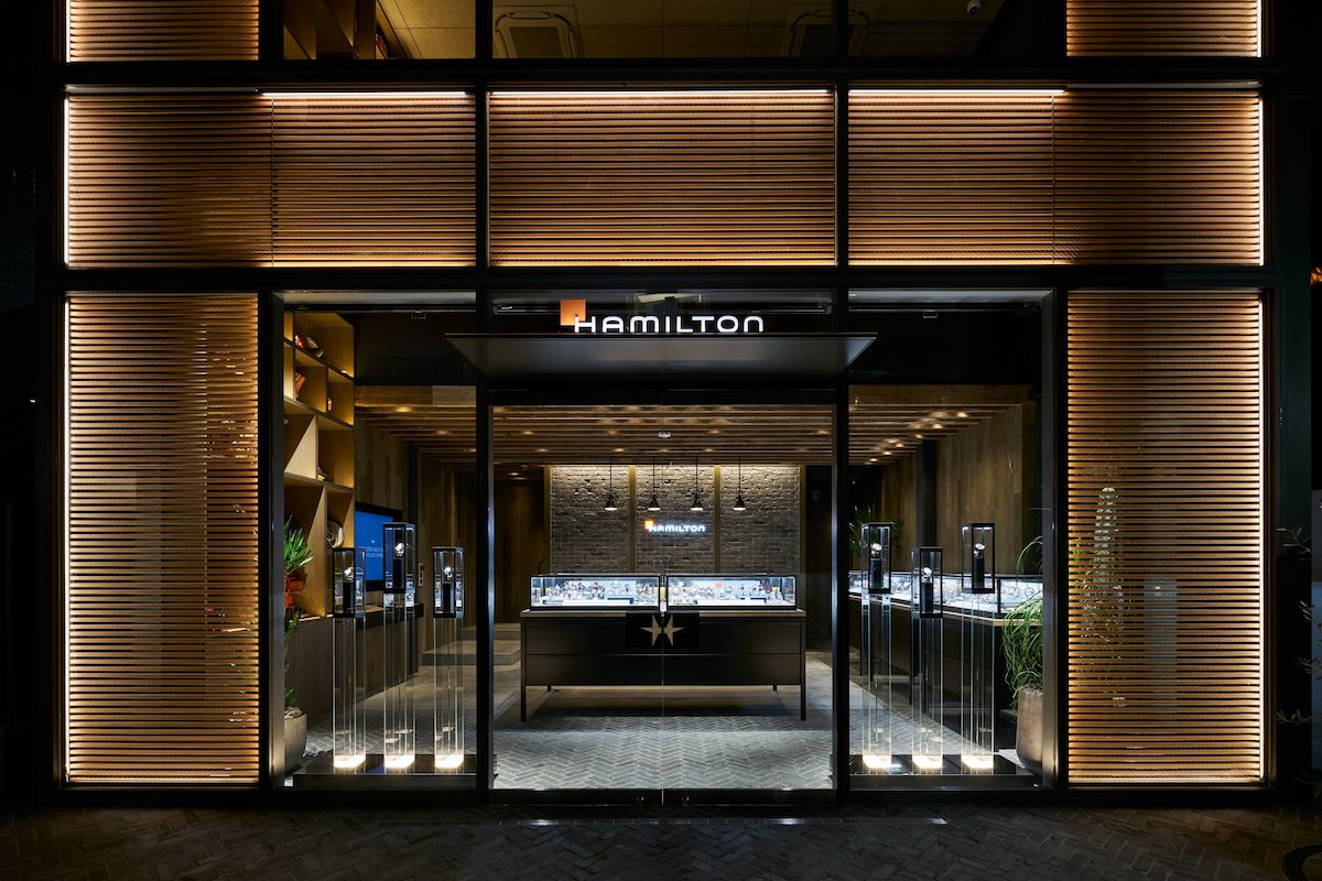 NDPro LED strip lighting used in a retail facade