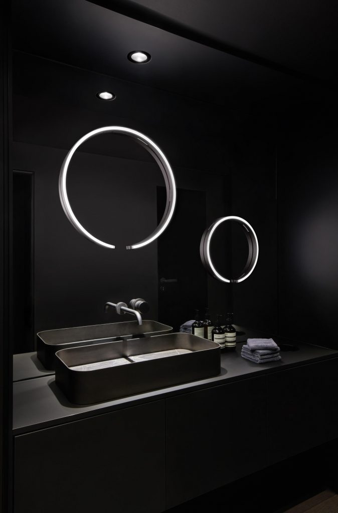 Mito sfera su LED mirror lamps