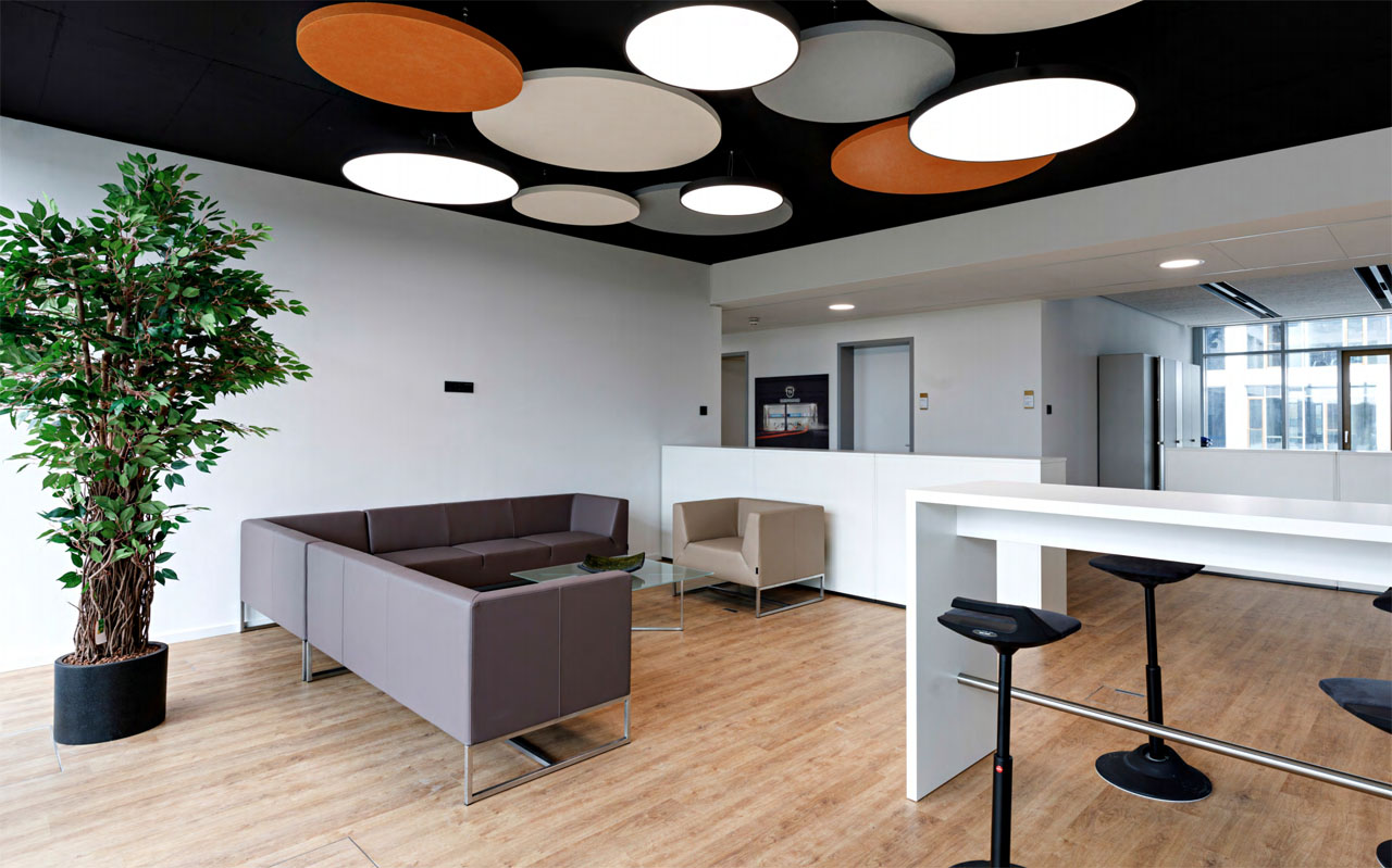 Game ceiling light system